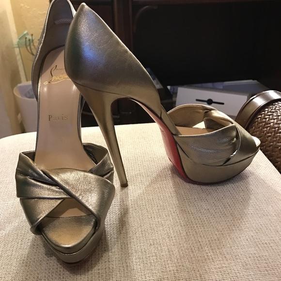 cef4e38bb6b Christian Louboutin Shoes - Christian Louboutin stunning shoes